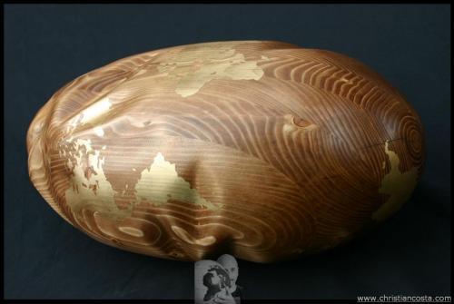 MONDO AMMACCATO II (chiaro F2), legno e foglia d'oro, 60x25x20 cm. 2011