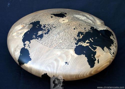 WW - MONDO AMMACCATO (DISCO MONTALE -il dono-) 2012 - legno e smalto - Diam. cm. 50, h. cm. 20