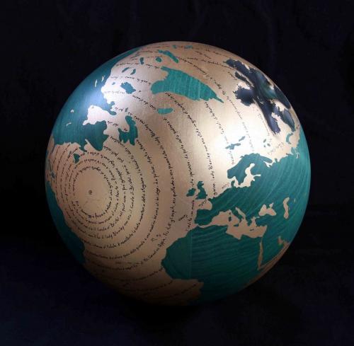 W.W.B. Saki Diam 30 cm legno carbone e foglia doro